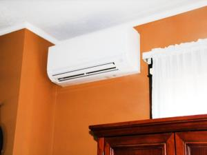 Mitsubishi Electric Ductless Systems look sharp no matter what your room decor may be.